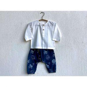 Essential White  Kurta With Zoo Printed Indigo Pyjama